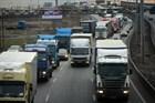 Движение грузовиков планируют ограничить весной и летом